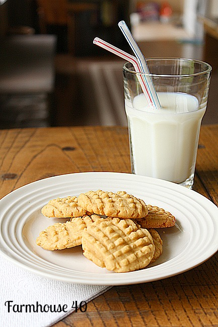 Peanut butter cookies with Truvia