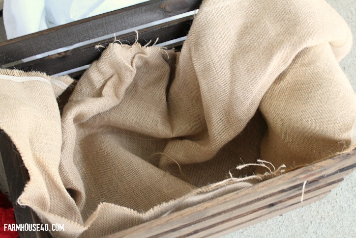 burlap lining for crate 3332
