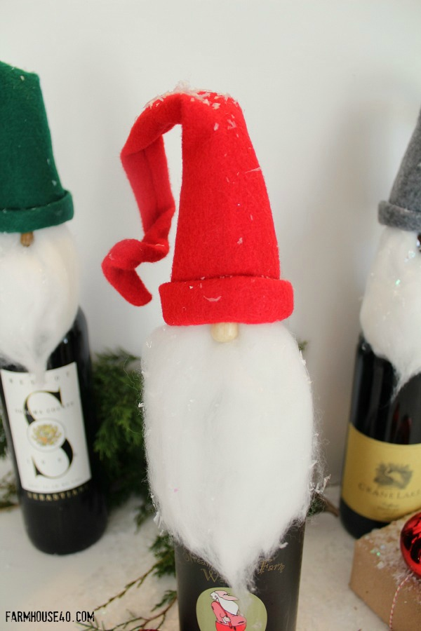 elf wine toppers B 3410