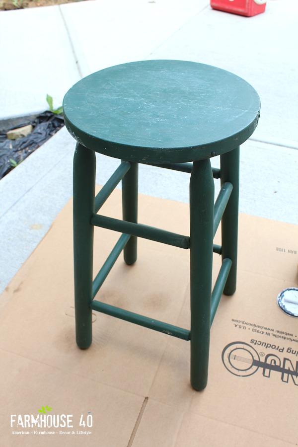 DIY Upcycled Bar Stool FARMHOUSE 40 : Bar Stool Upcycled from www.farmhouse40.com size 600 x 900 jpeg 115kB