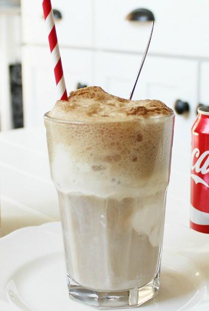 Coca-Cola-Ice-Cream-Float