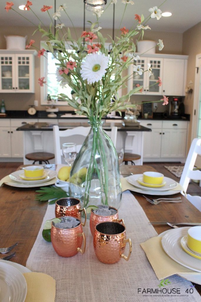 Summer-Tablescape-Farmhouse-Dining-Ideas-and-Tips
