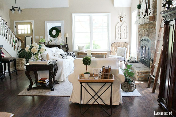A Modern Farmhouse Living Space Farmhouse 40