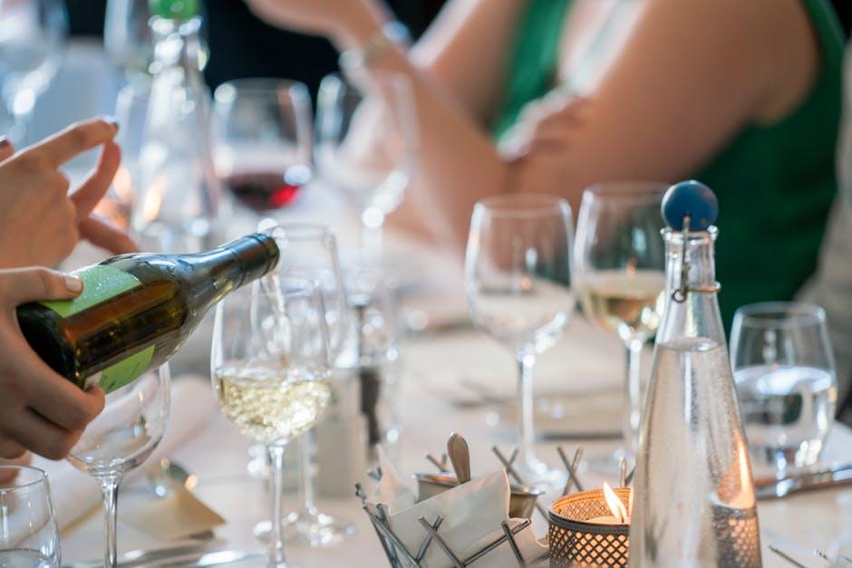hostess-party