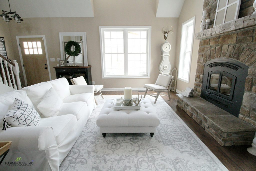 Living Room Winter Minimalize Decor