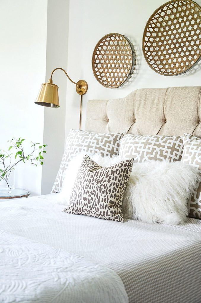 inspire-me-monday-bed-pillow-arrangements